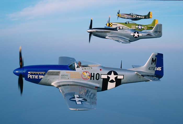 P-51 Mustang Flying Formation